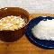 塩むすびはコーンフレークの残り牛乳と食べると最高